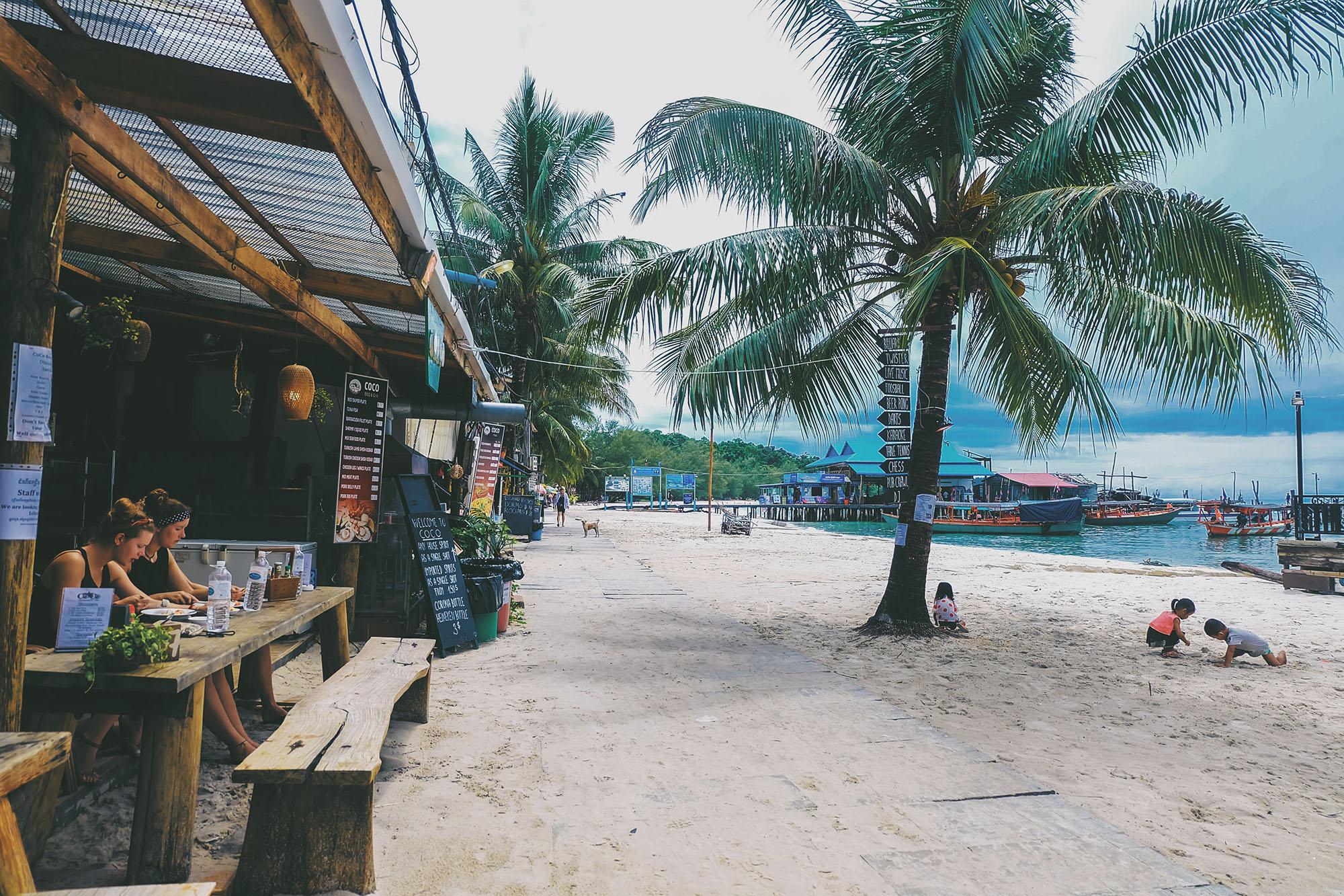 koh rong5 - Nên chọn đi đảo Koh Rong hay đảo Koh Rong Samloem?