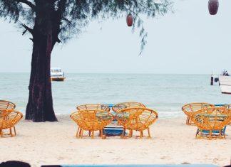 những điều nên làm khi đến đảo kohrong samloem là phải thả mình trên bãi biển