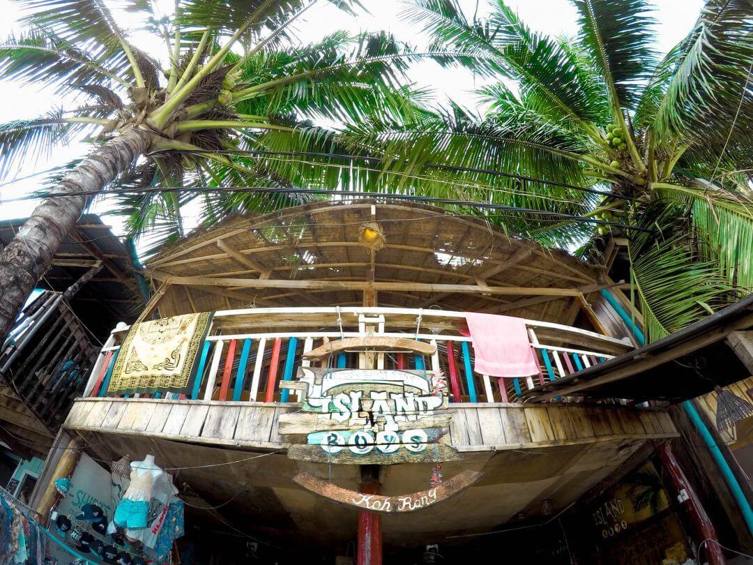 cambodia kohrong island hostel 1080x810 - Hướng dẫn đi đảo Kohrong Campuchia